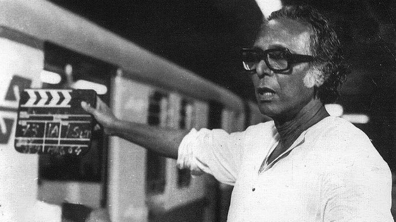 প্রথম ছবি 'রাত ভোর'(১৯৫৫)। উত্তম কুমার এবং সাবিত্রী চট্টপাধ্যায়কে নিয়ে বানিয়েছিলেন। ছবিটি চূড়ান্ত ফ্লপ। তিনি তাঁর প্রথম ছবির কথা পরে আর মনে রাখতে চাননি।