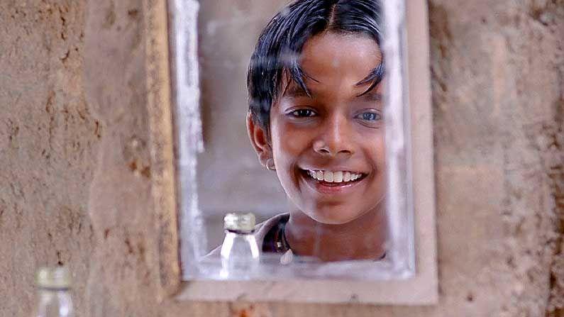 আই অ্যাম কালাম—নীলা মাধব পান্ডা পরিচালিত ছবি। এক দরিদ্র শিশু যার অনুপ্রেরণা ভারতের প্রাক্তন রাষ্ট্রপতি এ. পি. জে. আবদুল কালাম। স্বপ্ন পূরণের জন্য সে নিজের নাম রাখে কালাম। ৬৩ তম কান চলচ্চিত্র উৎসবে প্রদর্শিত হয় 'আই অ্যাম কালাম'।