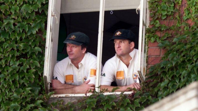 দুই যমজ ভাই হিসেবে একসঙ্গে প্রথম টেস্ট খেলার নজির গড়েছেন স্টিভ ও মার্ক। এই যমজ ভাই একসঙ্গে ১০৮টি টেস্টে খেলেছেন।(সৌজন্যে-টুইটার)